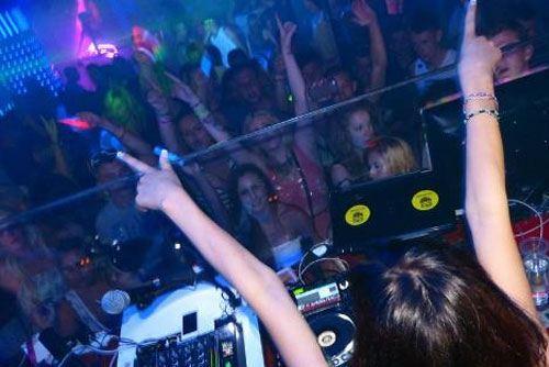 Tramps Nightclub Entry