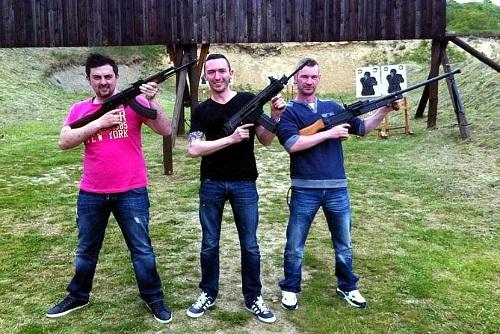 AK47 Klashnikov Shooting