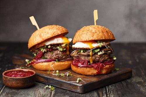 Angus Beef Burger & Beers