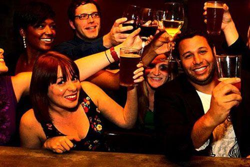 Bar Crawl Nightlife Guide