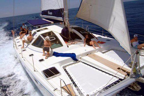 Private Abrazo Boat