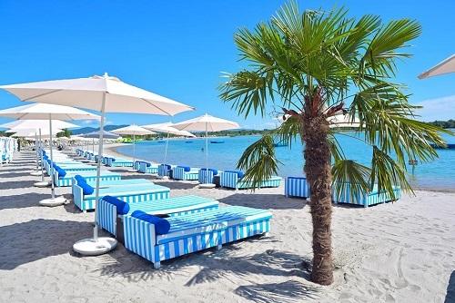 Lupa Beach Dayout