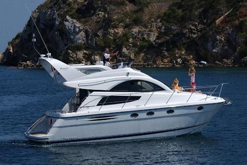 Private Motor Yacht - Banus