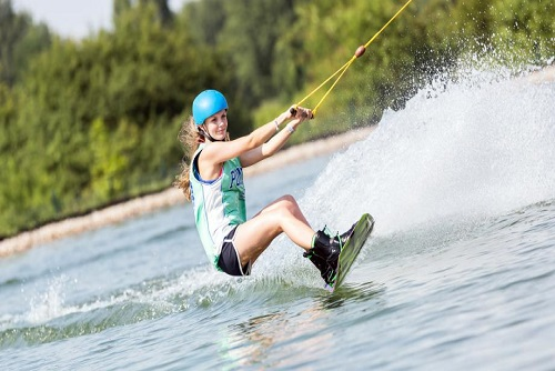 Wakeboarding/Waterskiing