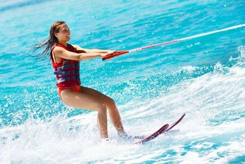 Waterskiing & Wakeboarding